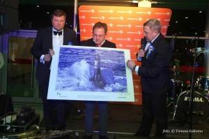 Рисунок Сущенко на благотворительном гала-вечере в Польше продали за тысячу евро