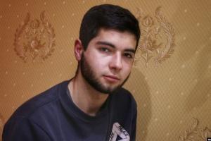 Побиття та електрошокер: поліцейські в окупованому Криму знущалися з підлітка