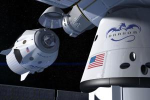 NASA назвало дату первого коммерческого полета Crew Dragon к МКС