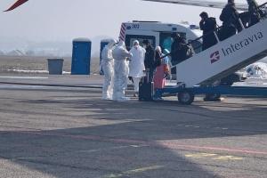 Канада більше не планує евакуйовувати своїх громадян із регіонів з коронавірусом