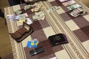 СБУ поймала на взятке главу одного из райсудов Ривненской области