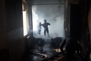 На Прикарпатье горит школа