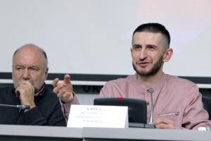 Фотовиставка і перформанс: у Києві анонсували заходи до Дня солідарності з Кримом