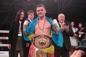 Бокс: Берінчик переміг Сармієнто, захистивши пояс WBO International