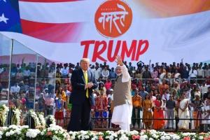 Трамп зібрав 200-тисячний стадіон в Індії