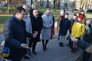 Разумков у Латвії зустрівся з представниками української діаспори