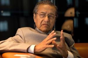 У Малайзії подав у відставку 94-річний прем'єр Махатхір
