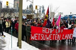 У Канаді через будівництво трубопроводу заблокували найбільший порт та залізницю
