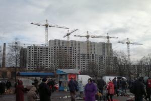 Вместо блошиного рынка на Куреневке обустроят сквер