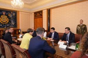 Досвід Естонії у сфері ІТ-економіки цінний для України — Разумков