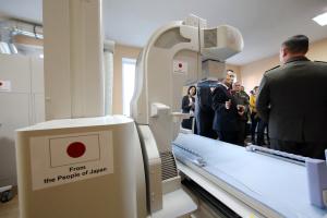 Япония передала военному госпиталю в Харькове оборудование на восемь миллионов