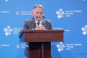 Джемілєв закликає кримчан чинити мирний опір окупації