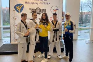 Миколаївці вибороли дві золоті медалі на міжнародному турнірі з тхеквондо у Швеції