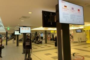 У Німеччині хочуть збирати контактні дані всіх,  хто прибуває з-за кордону