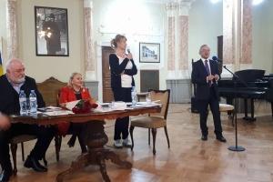 Відома українська поетеса презентувала в Тбілісі двомовну книгу поезій