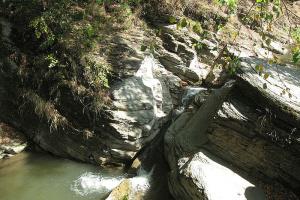 На Буковине для туристов обустроили Королевский водопад