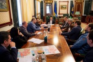 Українське супутникове ТБ розкодують - Зеленський домовився з медіагрупами