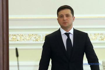 Zelensky espère organiser des élections dans le Donbass à l'automne, mais après le retrait des troupes étrangères