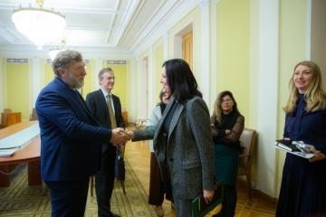 Ukraine erhofft große Investitionen - Vizechefin des Büro des Präsidenten