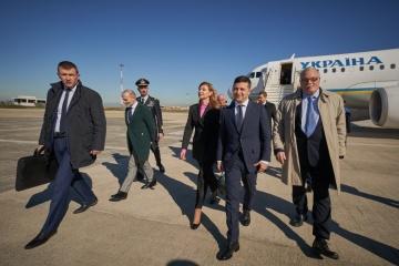 Volodymyr Zelensky entame sa visite officielle en Italie et au Vatican