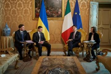 Infrastructures, énergie, espace: Zelensky et Conte ont convenu de renforcer leur coopération
