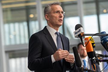 Jens Stoltenberg recevra mardi Dmytro Kuleba au siège de l'OTAN