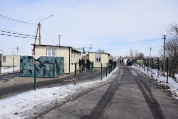 Rotes Kreuz schickt in besetzten Donbass 200 t Produkte