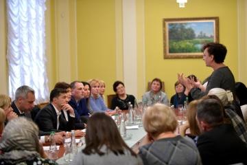 """Treffen von Selenskyj mit Familien der """"Himmlischen Hundertschaft"""": Ermittelungen werden fortgesetzt"""