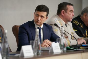 Zelensky insta a los representantes del gobierno a visitar pueblos mineros para comprender las necesidades de las regiones