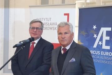 Polscy eksprezydenci wezwali władze kraju do pomocy ukraińskim pracownikom