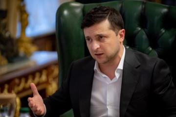 Zelensky: Las medidas de control del coronavirus no deberían afectar la preparación de las Fuerzas Armadas