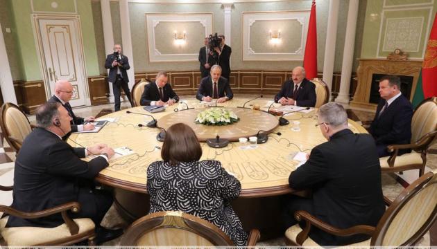 Помпео - Лукашенку: Ми не говоримо вам вибирати між Росією та США
