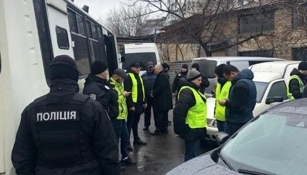 Денісова засудила рейд силовиків під мечеттю в Києві