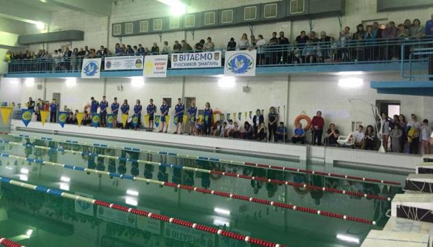 У Слов'янську проходить турнір із плавання серед дітей з обмеженими можливостями