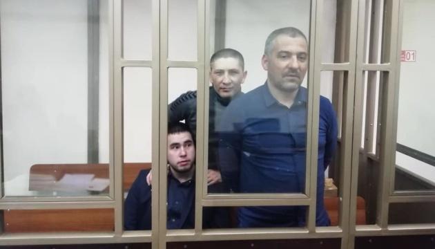 Кримські татари заявляють, що працівники ФСБ підкинули їм