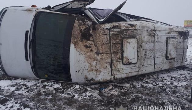 У Запорізькій області перекинулася маршрутка, п'ятеро пасажирів — у лікарні