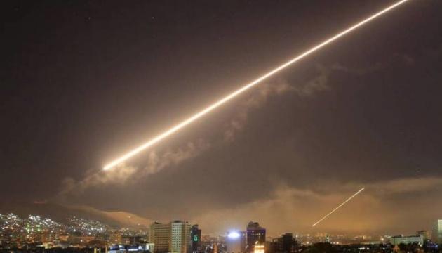 Ізраїль вдарив по військових об'єктах під Дамаском, 23 загиблих