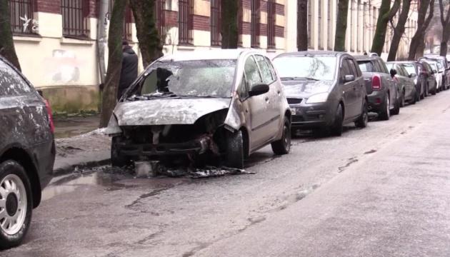 Встановили ймовірного замовника підпалу авто журналістки
