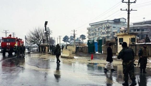 У Кабулі під час теракту загинули військові й цивільні - щонайменше п'ятеро жертв