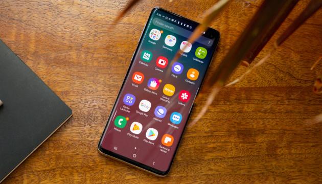 Samsung представить ще один гнучкий смартфон