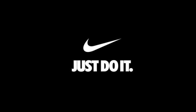 Nike створила футбольне поле з переробленої взуттєвої гуми