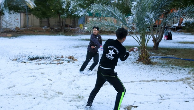 В Багдаде впервые с 2008 года выпал снег