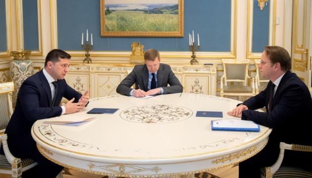 Спільний авіапростір та промисловий безвіз: Зеленський узгодив з єврокомісаром плани на рік