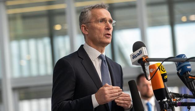 Столтенберг призвал Беларусь не использовать НАТО как повод для разгона протестов