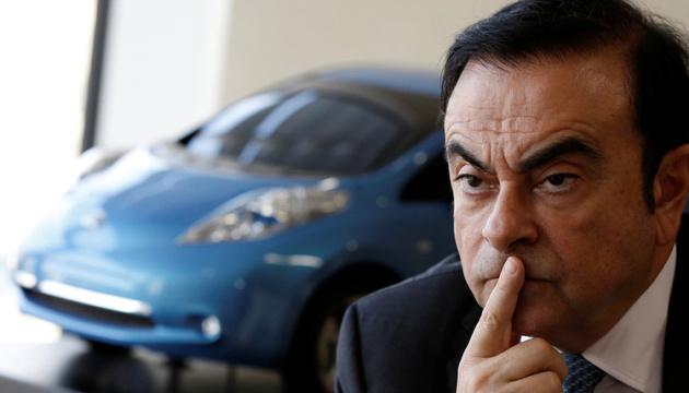Nissan хоче відсудити у ексглави компанії близько $90 мільйонів