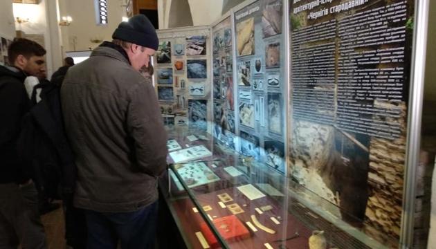 У Чернігові археологи вперше показали знайдені торік артефакти