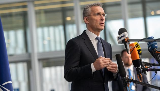 Россия не имеет права решать, кому вступать в НАТО - Столтенберг