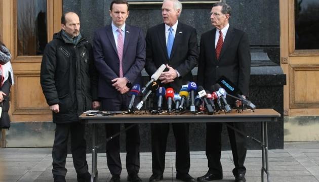 Демократи і республіканці не мають розбіжностей щодо підтримки України — сенатор США