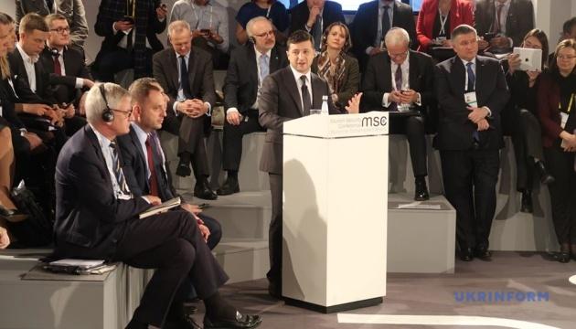 Зеленський: Наше головне завдання - щоб українська армія досягла стандартів НАТО