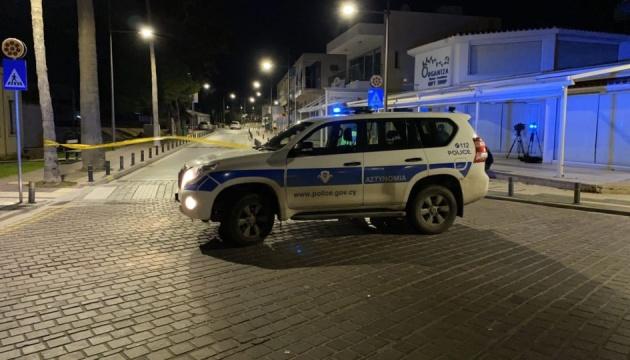 На Кипре неизвестный расстрелял кафе из автомата Калашникова